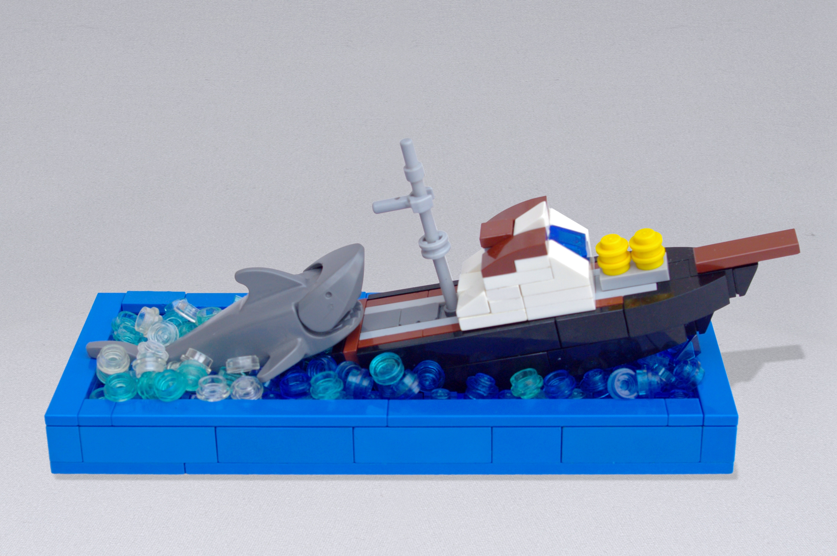 Concurs Microscale Movie Scenes – Creatia 8: You're gonna need a bigger boat!
