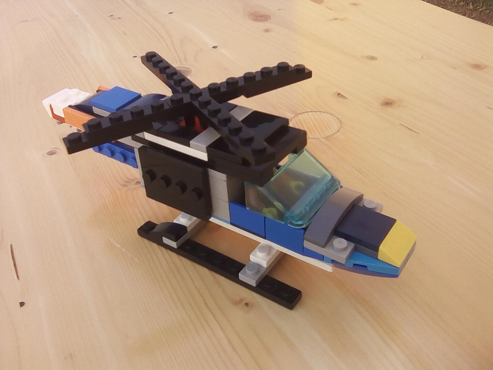 Concurs Tot ce zboara si nu se mananca – Creatia 6: Elicopter