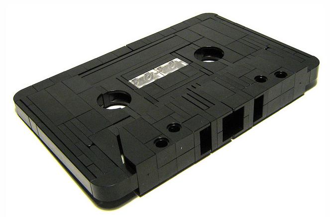 Giant cassette