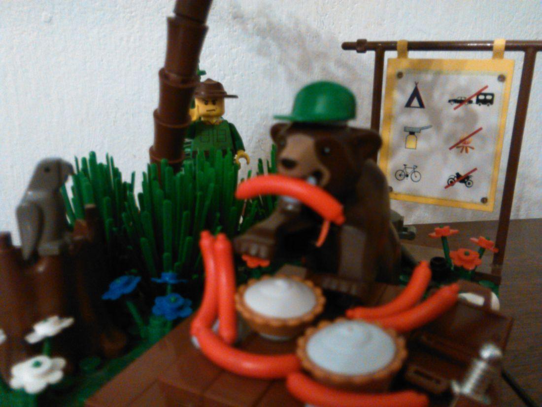 Lucrarea 9: Yogi Bear
