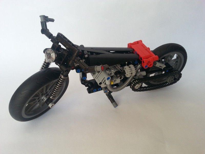 Motocicleta Old Style