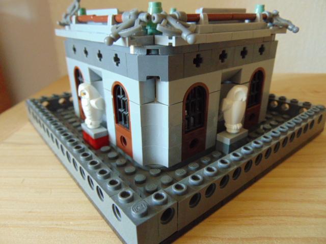 LEGO® MOC by Chyck: Castelul Phoenix – Columbarul