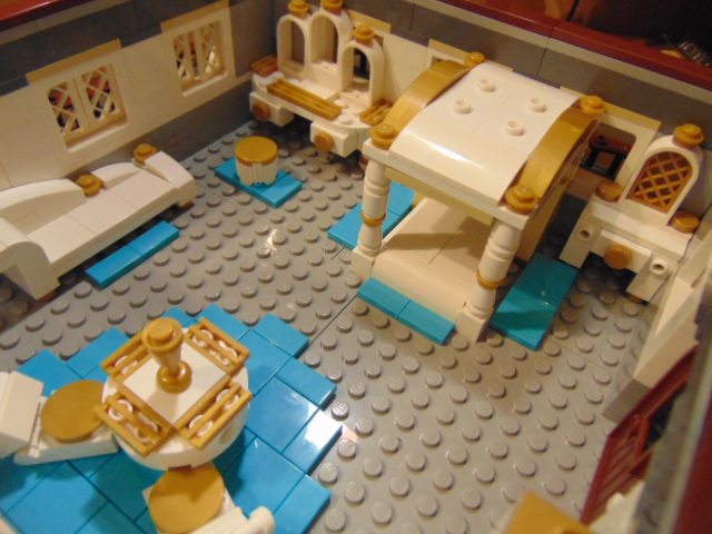 LEGO® MOC by Chyck: Castelul Phoenix – Dormitorul reginei