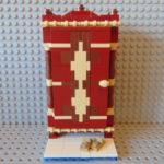 LEGO® MOC by Chyck: Dulap din lemn cu motive nationale