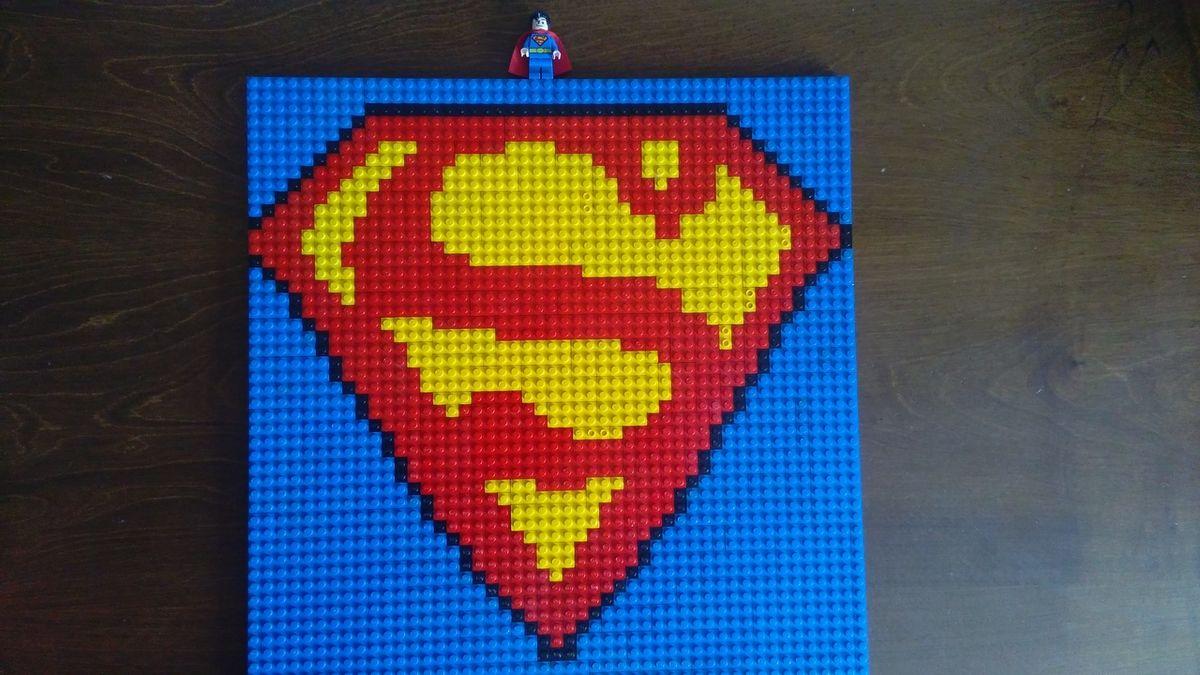 Concurs Childhood Hero – Creatia 6: Semnul lui Superman