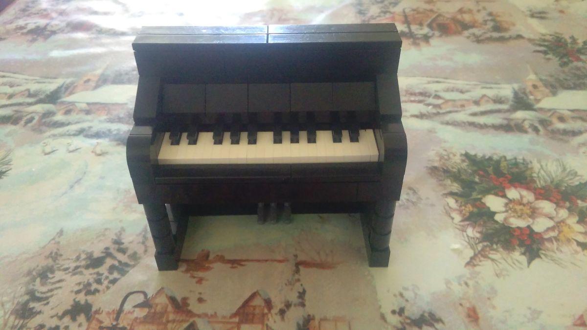 Concurs Licitatia de muzica – Creatia 11: Pianina